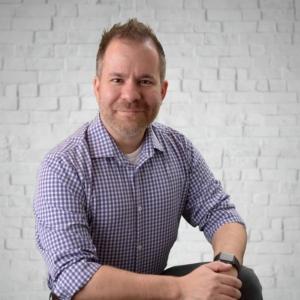 Dr. Ryan Lowe